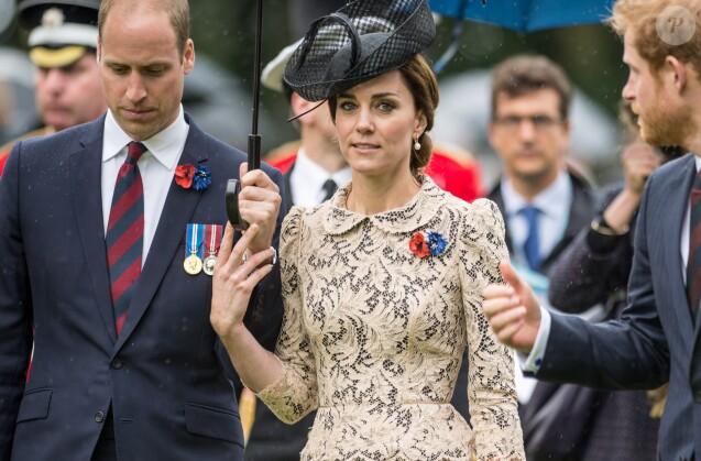 Le prince William et Kate Catherine Middleton, duchesse de Cambridge - Commémorations du centenaire de la Bataille de la Somme à Thiepval, bataille qui fût la plus meurtrière de la Première Guerre Mondiale. Le 1er juillet 2016