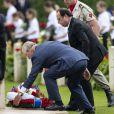Le président français François Hollande et le prince Charles - Commémorations du centenaire de la Bataille de la Somme à Thiepval, bataille qui fût la plus meurtrière de la Première Guerre Mondiale. Le 1er juillet 2016