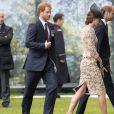 Le prince Harry, Kate Catherine Middleton, duchesse de Cambridge et le prince William - Commémorations du centenaire de la Bataille de la Somme à Thiepval, bataille qui fût la plus meurtrière de la Première Guerre Mondiale. Le 1er juillet 2016