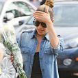 Lea Michele et sa mère Edith font du shopping à Whole Foods à West Hollywood, le 27 juin 2016