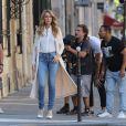 Céline Dion tourne un vidéo clip avenue Kleber à Paris le 8 juillet 2016.