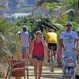 Novak Djokovic profitait de douces vacances à Marbella avec son fils Stefan, le 12 juillet 2016.