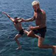 Olivier Giroud et M. Pokora en mode bombe, en vacances à Saint-Tropez le 21 juillet 2016.