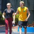 Exclusif - Chloë Grace Moretz et son compagnon Brooklyn Beckham font du sport en amoureux à Los Angeles, le 26 juin 2016