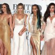 Jade Thirlwall, Perrie Edwards, Leigh-Anne Pinnock et Jesy Nelson du groupe Little Mix -à la Cérémonie des BRIT Awards 2016 à l'O2 Arena à Londres, le 24 février 2016.