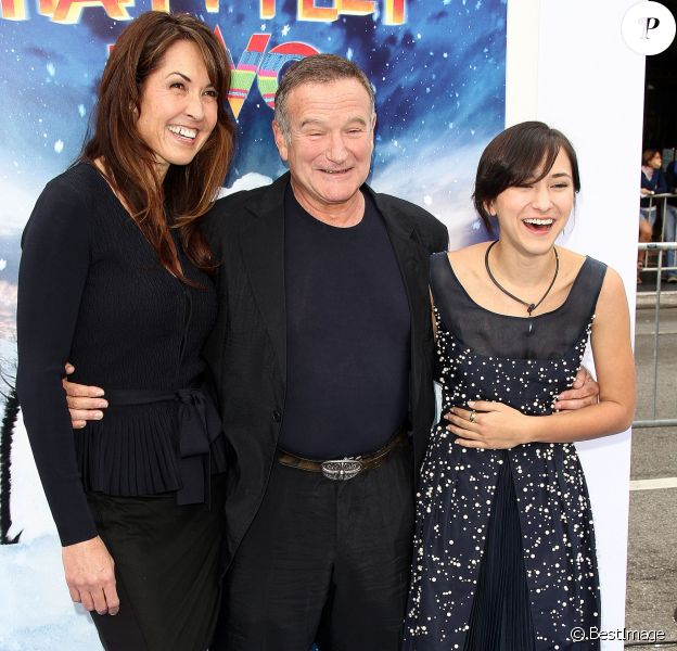 """Susan Schneider, Robin Williams et sa fille Zelda à la première du film """"Happy Feet 2"""" à Los Angeles le 13 novembre 2011"""