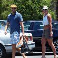 Britney Spears et son compagnon David Lucado après avoir fait du shopping dans un centre commercial à Los Angeles, le 13 juillet 2014