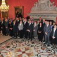Albert II de Monaco et les récipiendaires des distonctions honorifiques de l'année