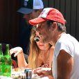 Exclusif - Will Arnett déjeune avec une jolie inconnue au restaurant Bar Pitti à New York, le 28 juillet 2016