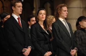 REPORTAGE PHOTOS : Charlotte Casiraghi trop jolie avec la famille princière de Monaco pour... une messe exceptionnelle !