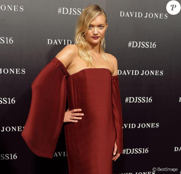 Gemma Ward, enceinte - Défilé David Jones (collections printemps/été 2016) aux studios Fox à Sydney le 3 août 2016.