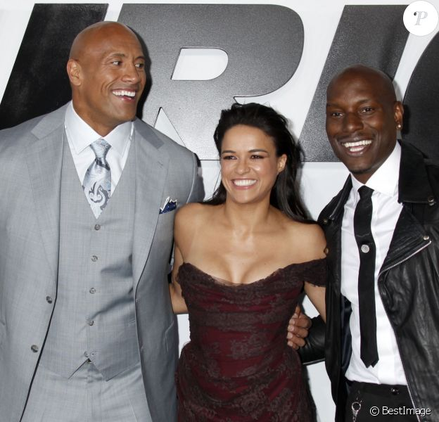 """Ludacris, Dwayne Johnson, Tyrese Gibson, Michelle Rodriguez lors de l'avant-première du film """"Fast and Furious 7"""" à Hollywood, le 1 avril 2015."""