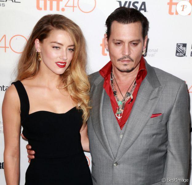 """Amber Heard et son mari Johnny Depp - Avant-première du film """"Black Mass"""" lors du Festival International du film de Toronto, le 14 septembre 2015."""