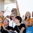 Le roi Willem-Alexander des Pays-Bas, son épouse la reine Maxima et leurs trois filles, la princesse Catharina-Amalia (12 ans), la princesse Alexia (11 ans) et la princesse Ariane (9 ans), se sont enthousiasmés le 16 août 2016 pour le passage du Néerlandais Jeroen Dubberldam dans le concours du saut d'obstacles en équitation aux Jeux olympiques de Rio de Janeiro.
