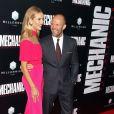 Rosie Huntington-Whiteley et Jason Statham - Avant-première du film Mechanic: Résurrection à Hollywood, le 22 août 2016