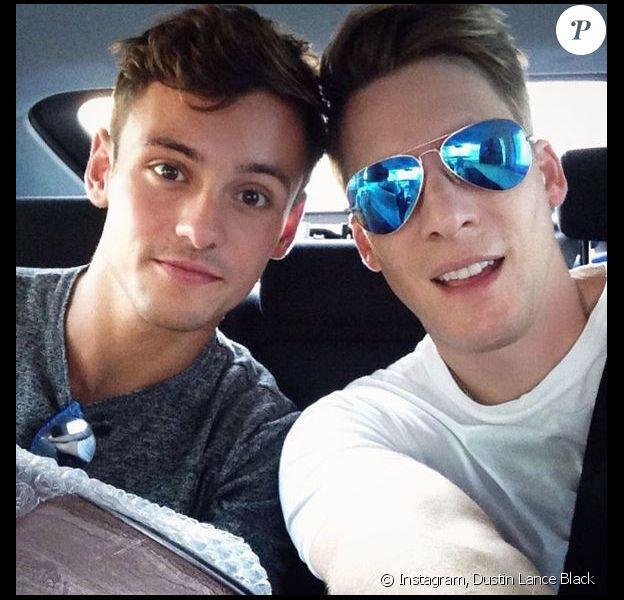 Dustin Lance Black et Tom Daley posent sur Instagram, août 2016