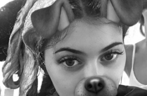 Kylie Jenner décolorée : Comme Kourtney Kardashian, elle passe au blond platine