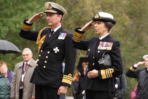 Princesse Anne : Convoi royal à Arkhangelsk avec son mari Tim Laurence
