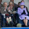 Le duc d'Edimbourg et la reine Elizabeth II lors des Jeux des Highlands de Braemar, en Ecosse, le 3 septembre 2016.
