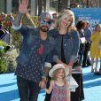 A. J. McLean avec sa femme Rochelle Karidis et leur fille Ava à la première de Finding Dory au théâtre El Capitan à Hollywood, le 8 juin 2016