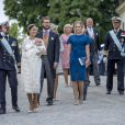 Le prince Carl Philip, la princesse Sofia et le prince Alexander de Suède suivis par les parrains et marraines au baptême du prince Alexander de Suède au palais Drottningholm à Stockholm le 9 septembre 2016.