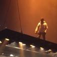Kanye West en concert à Atlanta. Un fan tente de monter sur scène volante et s'écrase dans le public, le 12 septembre 2016.