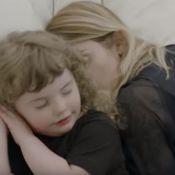 "Coeur de Pirate : Sa fille Romy, star de son clip ""Drapeau blanc"""