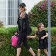Exclusif - Kimberly Stewart emmène sa fille Delilah del Toro à son cours de danse à Los Angeles, le 19 septembre 2016