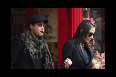 """Brad Pitt """"très attristé"""" : Sa 1ère réaction sur son divorce avec Angelina Jolie"""