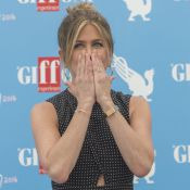 "Divorce d'Angelina Jolie et Brad Pitt : Jennifer Aniston, star du web, ""réagit"""