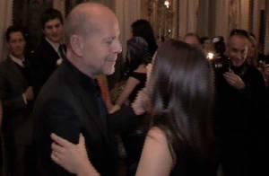 VIDEO EXCLUSIVE : Les belles débutantes ont appris à danser... Bruce Willis super professeur de... valse pour sa fille !