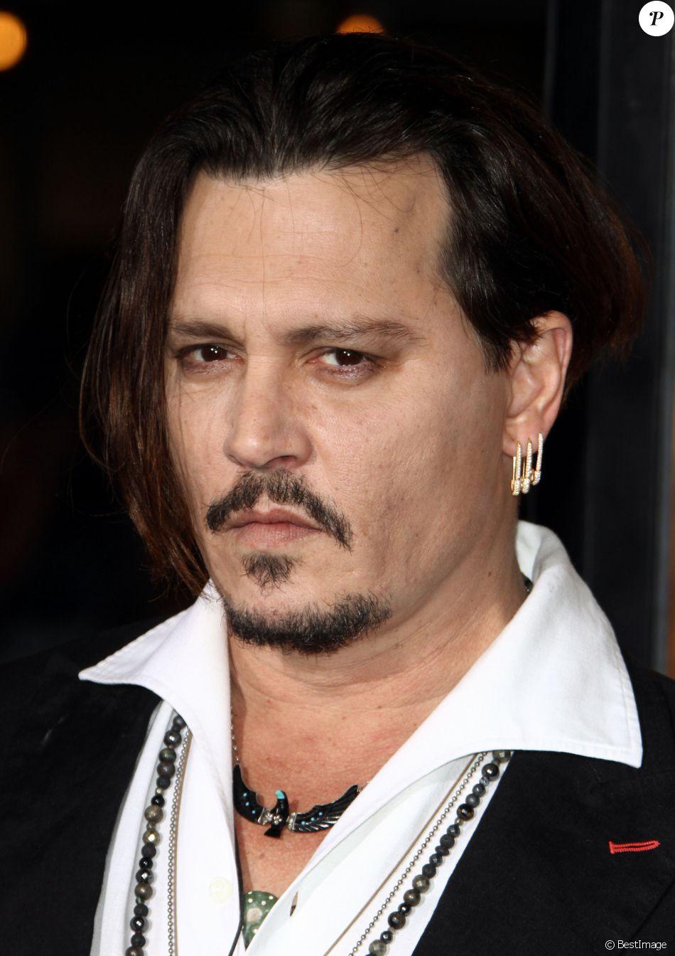 """Johnny Depp - Première de """"The Danish Girl"""" au théatre Westwood village à Westwood le 21 novembre 2015."""