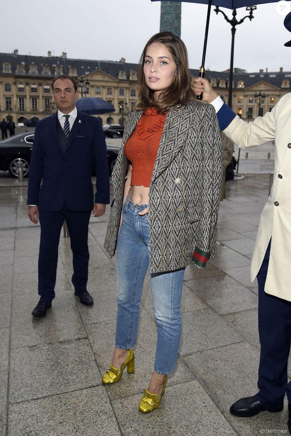 Marie-Ange Casta arrive à l hôtel d Evreux pour assister à la soirée ... d4dedfc1ef6f