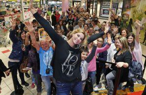 Ingrid Chauvin : La jeune maman survoltée avec ses fans !