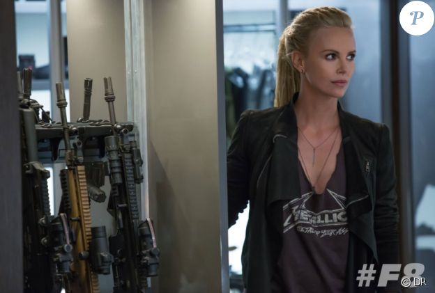 """Charlize Theron dans """"Fast and Furious 8"""", attendu le 12 avril 2017."""
