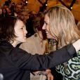 La reine Maxima des Pays-Bas a pu embrasser sa soeur Inés Zorreguieta Cerruti à l'Université catholique d'Argentine à Buenos Aires le 11 octobre 2016 lors d'une conférence qu'elle donnait en sa qualité d'ambassadrice spéciale du secrétaire général des Nations unies pour la finance inclusive.