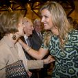 La reine Maxima des Pays-Bas a pu retrouver sa mère María del Carmen Cerruti Carricart à l'Université catholique d'Argentine à Buenos Aires le 11 octobre 2016 lors d'une conférence qu'elle donnait en sa qualité d'ambassadrice spéciale du secrétaire général des Nations unies pour la finance inclusive.