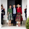 La reine Maxima des Pays-Bas a été reçue par le président de la République Mauricio Macri, sa femme Juliana Awada et leur fille dans la résidence présidentielle, de Olivos, à l'occasion de son voyage officiel en Argentine. Le 12 octobre 2016  Queen Maxima during a meeting with President Mr. Mauricio Macri and his wife Juliana Awada at the Residencia de Olivos (President's residence) on October 12, 2016 in Buenos Aires, Argentina. Queen Maxima visit Argentina in its role of special advocate of the Secretary-General of the United Nations for Inclusive Finance for Development.12/10/2016 - Buenos Aires