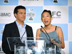 PHOTOS : Sandra Oh, de Grey's Anatomy, une maîtresse de cérémonie... morte de rire !