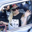 Lady Gaga quitte son appartement à New York le 17 août 2016.