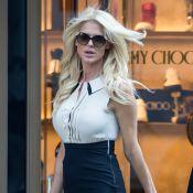 Victoria Silvstedt à New York : La bombe en plein shopping