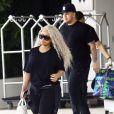 Blac Chyna, enceinte, et son fiancé Rob Kardashian quittent leur hôtel de Miami le 18 mai 2016