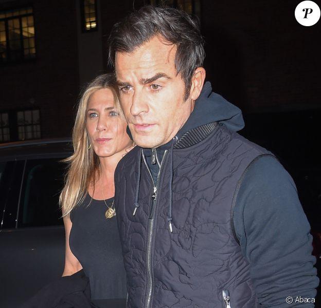 Jennifer Aniston et son mari Justin Theroux à la sortie du restaurant Smile à New York, le 24 septembre 2016.