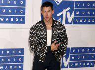 Nick Jonas en pleine métamorphose : Il dévoile sa nouvelle silhouette musclée