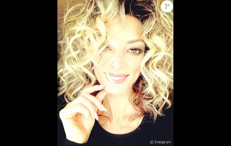 Emilie Nef Naf, le 5 novembre 2016 sur Instagram. Une nouvelle coupe pour une nouvelle vie !
