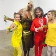 Miley Cyrus dans une galerie d'art de Los Angeles le 5 novembre 2016.