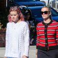 Exclusif - Reese Witherspoon et sa fille Ava se rendent à un salon de beauté à Beverly Hills le 6 novembre 2015.