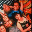 Les acteurs de Beverly Hills, 90210 (Tori Spelling, Jason Priestley, Ian Ziering, Luke Perry, Shannen Doherty et Gabrielle Carteris) posent en octobre 1991.