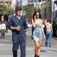 Exclusif - Emily Ratajkowski et son compagnon Jeff Magid se promènent et vont déjeuner dans un restaurant de Los Angeles le 4 novembre 2016 © CPA/Bestimage 04/11/2016 - Los Angeles