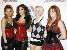 PHOTOS : Quand Nicole Scherzinger et ses copines sexy dévoilent gambettes et décolletés... pour séduire les Boyzone !
